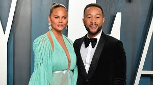 Chrissy Teigen Loses Baby To Pregnancy ...
