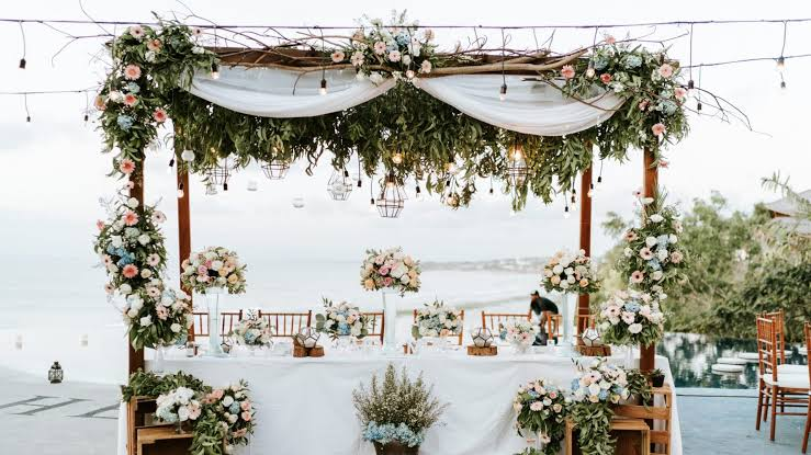 Do You Want to Plan a Wedding? These 7 Smart Tips for Choosing a Wedding Planner