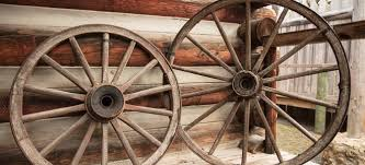 How To Make Wooden Wagon Wheels Doityourself Com