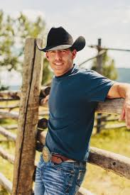 Aaron Watson Expands Red Bandana Tour With 16 New Dates :