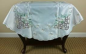 embroidered green flower tablecloth 36