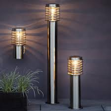 contemporary garden light wall mounted