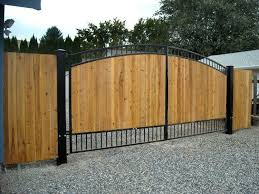Chain Link Gate Rick S Custom Fencing Decking