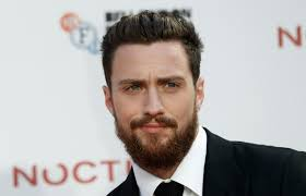 New Image Shows Aaron Taylor-Johnson Donning The Batman Rebirth ...