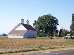 File:Sydney and Gertrude Smith Barn.jpg - Wikimedia Commons