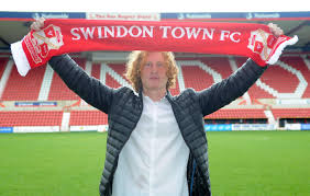 GRAHAM DELIGHTED WITH PRO DEAL REWARD - News - Swindon Town