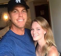 Abby Dixon Net Worth, Age, Height, Body, Career, Boyfriend, Bio, Facts -  Make Facts
