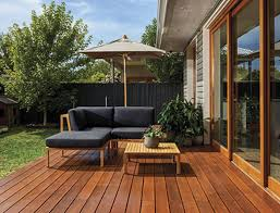 Tis The Season To Stain Your Deck How To Do It Like A Pro