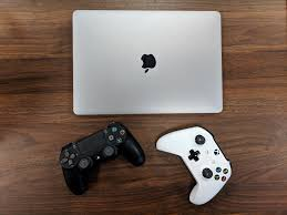 Here's How to Use PS4 or Xbox One Controllers on Apple