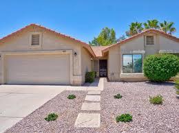 houses for in arrowhead ranch