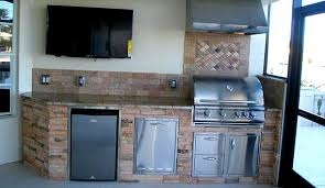 outdoor kitchens custom cabinets