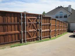 Board On Board Cedar Fence Metal Posts Dallas By Texas Best Fence Patio