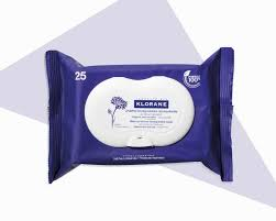 face wipe for frequent travelers