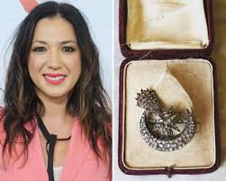 "Michelle Branch's Wedding Gift From Her Fiancé Has a ""Spooky"" Story"