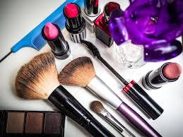 set of cosmetics womens makeup accessories