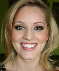 wedding makeup for green eyes y blonde