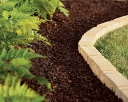 mb mulch ferns edging bricks 560x450