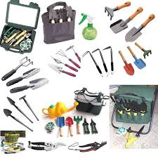 gardening tools and equipment names