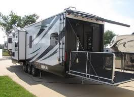 benefits of owning rv toy hauler