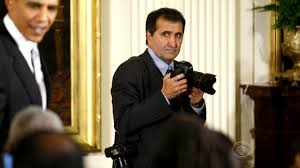 Watch CBS Evening News: Pete Souza book ...