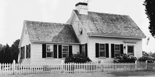 Classic Cape Cod Style House What Is A Cape Cod House