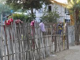 File Fence As Washing Line 8408791677 Jpg Wikimedia Commons