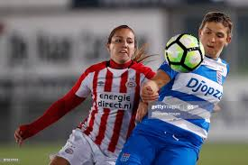 Vanity Lewerissa of PSV, Abby Holmes of PEC Zwolle during the Dutch... News  Photo - Getty Images