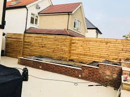 Aa Carpentry On Twitter Horizontal Feather Edge Fencing Essex Carpentry