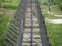 Indian Army To Build Smart Fence Along Loc Pakistan Defence