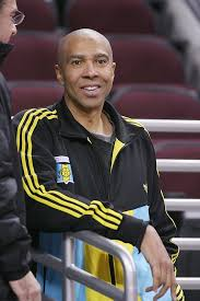 3 questions for Mychal Thompson, father of Klay