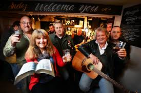 A pint of good cheer for informal pub worshippers   Oxford Mail
