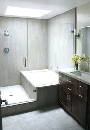 small bathroom layout with tub and
