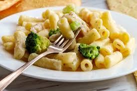 easy en alfredo pasta with broccoli