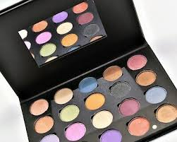 ofra pro 20 eyeshadow palette