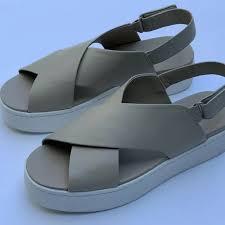 weslan leather platform sandals size