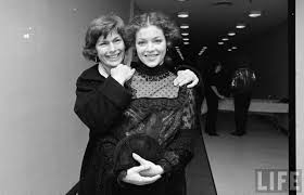 Priscilla Pointer and Amy Irving, mother and daughter both in Honeysuckle  Rose 1980 | Celebrity families, Amy irving, Hollywood party