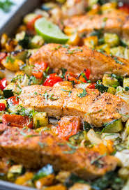 Healthy One Pan Baked Salmon And Vegetables