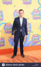Actor Noah Munck arrives on the orange carpet of Nickelodeon's ...