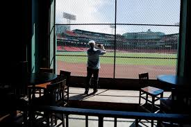 New Knotholes Good Mlb Views If Fans Know Where To Look Boston Herald