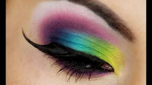 bright and bold summer makeup tutorial