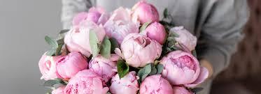 4 tips for sending mother s day flowers