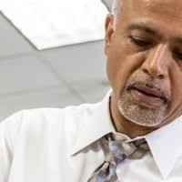Dr. Abraham Verghese: A Doctor's Touch - Texas Today: UT Events &  Announcements Calendar