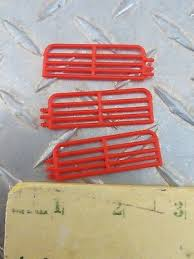 qty of 6 red pig fence panels hog sow