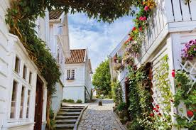 destinations for spring time in europe