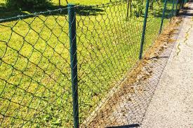 5 Things To Know About Vinyl Coated Chain Link Fences