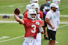 Josh Rosen: 'I'm a lot more comfortable behind center this year' - The  Phinsider