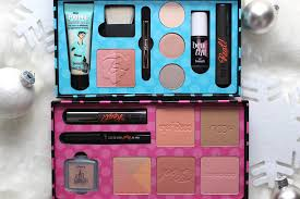 holiday kits from benefit cosmetics