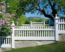 A Stepped Federal Style Picket Fence On Granite Plinths Graces The Picturesque Property Backyard Fences Picket Fence Fence Design