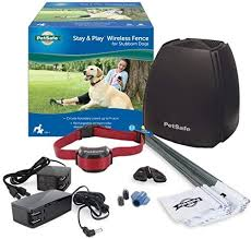 Amazon Com Petsafe Stay Play Wireless Fence For Stubborn Dogs Above Ground Electric Pet Fence From The Parent Company Of Invisible Fence Brand Petsafe Pet Supplies