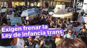 Ciudadanos rechazan Ley de Infancia Trans - Siete24